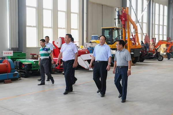 Warmly Welcome Former Jining City Leaders to Visit China Coal Group for Guidance