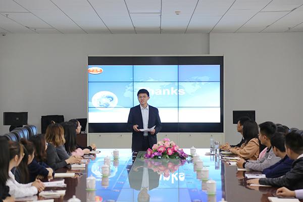 China Transport Organizes New Employees Orientation Training Activity